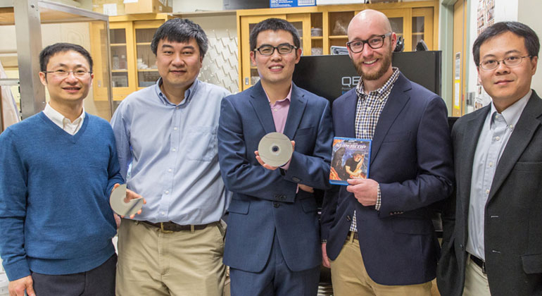 Blu-Ray Disc Can be Used to Improve Solar Cell Performance