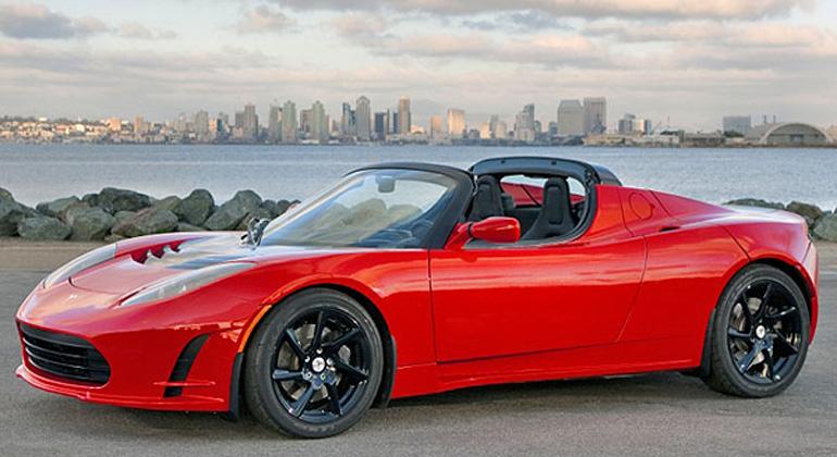 Tesla Roadster: Mit neuer Batterie 640 km Reichweite?