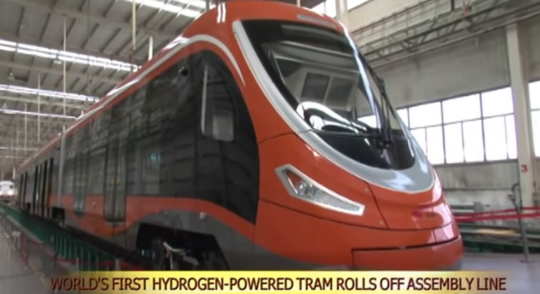 World's first hydrogen tram rolls off assembly line in Qingdao