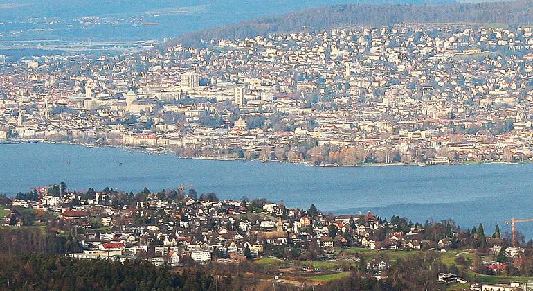 Reinhard Lässig (WSL) | Die Agglomeration Zürich ist stark zersiedelt, setzt seit einigen Jahren aber auf räumliche Verdichtung.