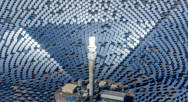 Deutsches Zentrum für Luft- und Raumfahrt (DLR) | Solarthermisches Kraftwerk in Nevada
