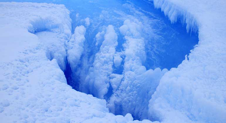 Large amounts of meltwater on the East Antarctic ice shelf