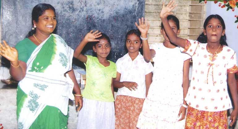 ANDHERI HILFE | Samundeeswari befreite im ANDHERI HILFE-CHOLAI-Projekt alle Kinderarbeiter in 10 Dörfern in Tamil Nadu/Südindien.