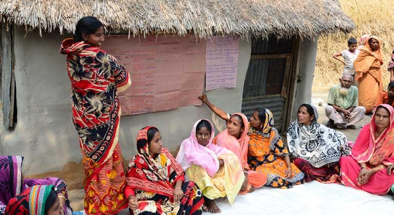 ANDHERI HILFE   Frauengruppen-Treffen in Bangladesch