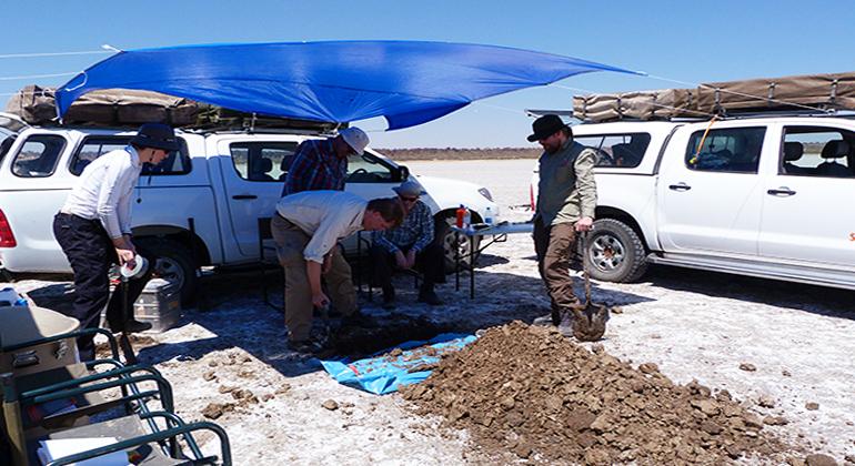 S. Genderjahn | GFZ | Probennahme in der Wüste