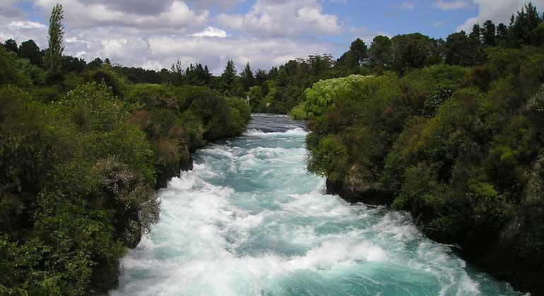 pixabay.com | Simon | Unsere Flusslandschaften wurden in den letzten Jahrhunderten intensiv verändert, die Flüsse selbst kanalisiert, gestaut und eingezwängt.