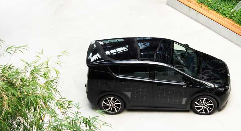 """Sono Motors GmbH   """"Wir konnten den Sion nur bauen, weil uns Menschen unterstützt haben, die unsere Vision teilen. Ohne unsere Unterstützer wäre Sono Motors nie so erfolgreich geworden. Deswegen wollen wir ihnen die Möglichkeit geben, nun Teil unseres zukünftigen Erfolgs zu werden."""""""