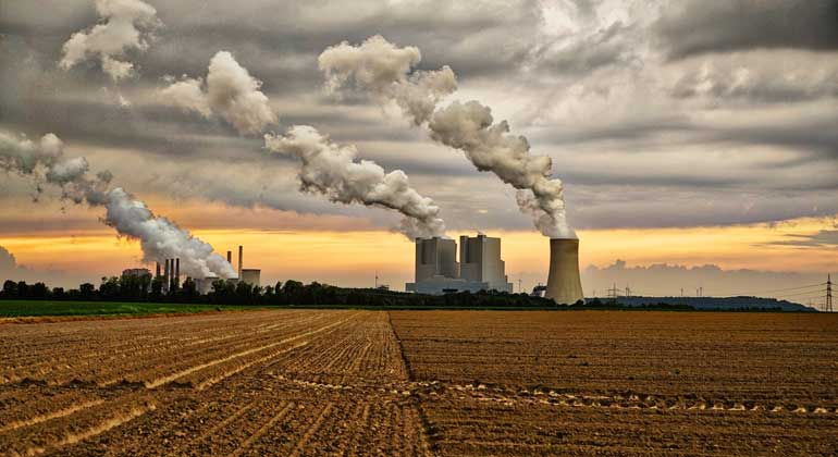 Climate policy underestimates moral responsibility of polluters