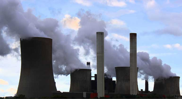 Strict environmental laws 'push' firms to pollute elsewhere