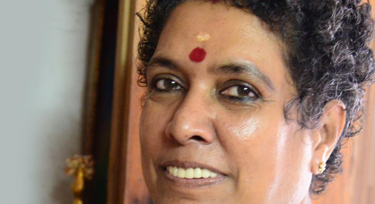 ANDHERI HILFE | Frau Renuka ist Vorbild und Mutmacherin für Frauen und Mädchen in den Slums von und den Dörfern um Chennai in Südindien. ANDHERI HILFE ist stolz, eine solche Partnerin und ihre Arbeit fördern zu können!