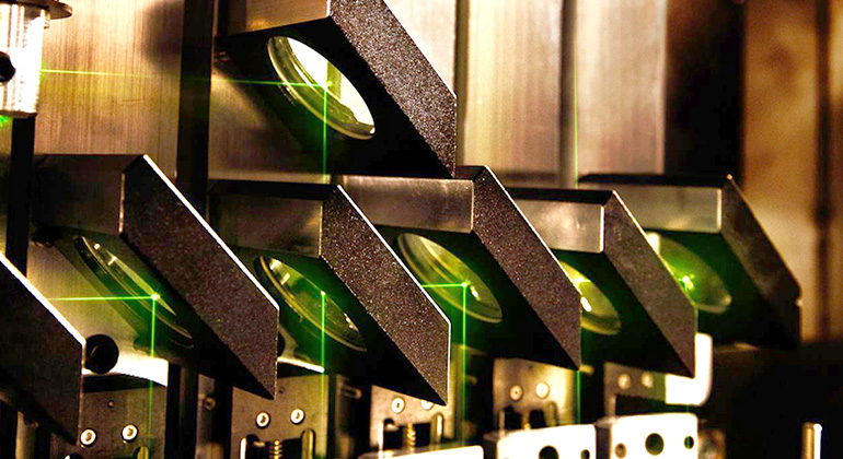 Europäischem Forscherteam gelingt Meilenstein in der Laserstrukturierung organischer Solarzellen