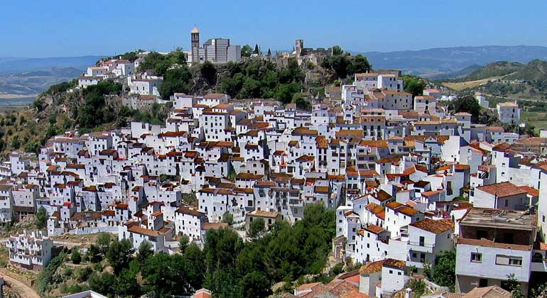 pixabay.com | Bilderandi | Casares/Spanien - Regional adaptions can cool heat extremes by up to 2-3°C