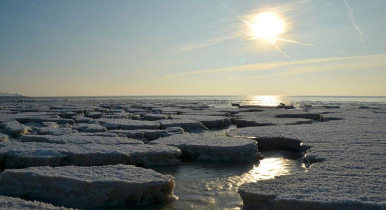 pixabay.com | BernhardStaerck | Meereisausdehnung auf Rekordminimum: es ist zu warm und zu feucht in der Arktis