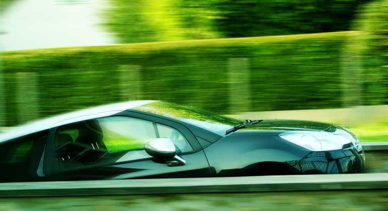 pixabay.com | marion-beraudias | Für die Dekarbonisierung des Verkehrsbereichs sind Energiespeichertechnologien für Fahrzeuge unverzichtbar.