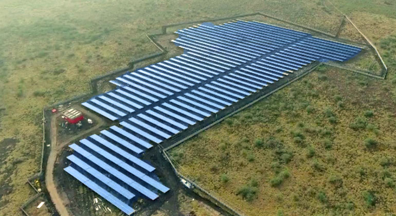 "IBC Solar | Solarpark nahe der Stadt Madurai für die Teeplantage ""The Peria Karamalai Tea & Produce Co. Ltd."""