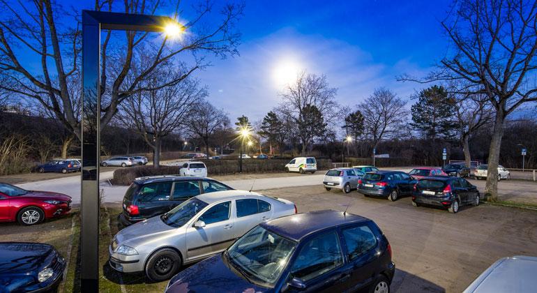 Volker Lau/LEDON | Licht immer und überall zugänglich – unabhängig von der Netzanbindung und unter Beachtung ökologischer Zusammenhänge. Das bietet Solar Lighting, die neue Technologie der autarken, solaren LED-Außenbeleuchtung von LEDON.