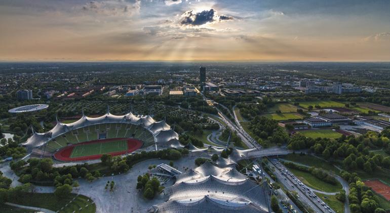 pixabay.com | designerpoint | Großstädte wie München oder Stuttgart belegen bei der Luft-Belastung einen traurigen Spitzenplatz.