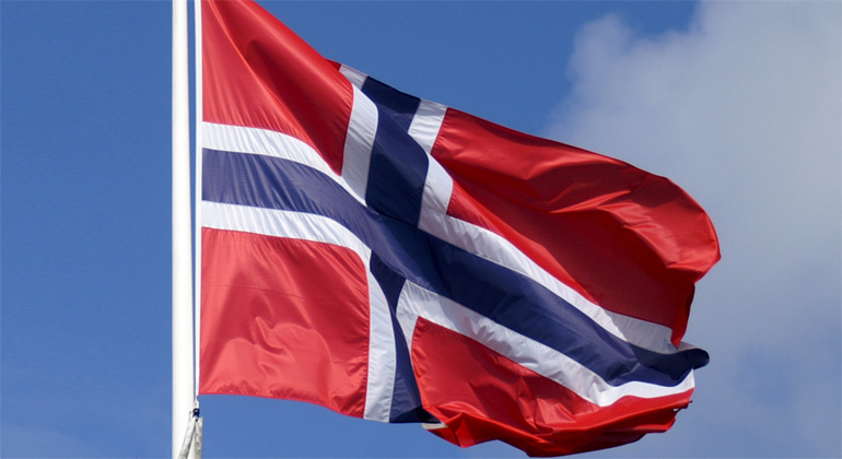 pixelio.de | StephanieHofschlaeger | Norway has currently an installed PV power of around 50 MW.