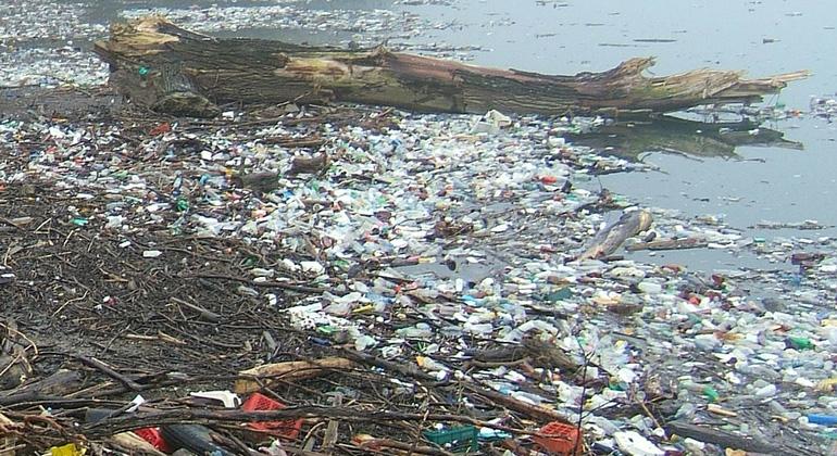 Westliches Mittelmeer erstickt im Plastikmüll