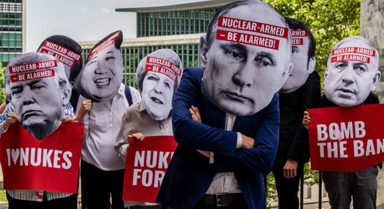 ippnw.de / Ralf Schlesener   Protestaktion anlässlich der Verhandlungen über das UN-Atomwaffenververbot am 28.07.2017 in New York.