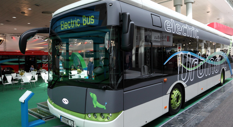 Depositphotos   philipus   Im öffentlichen Nahverkehr ist mit den ersten Elektrobussen die Verkehrswende bereits im Gange.
