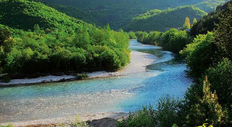 eurosolar.org | A.Vorauer | Die Neretva in Bosnien-Herzegowina ist mit ihren Zuflüssen einer der wichtigsten Fisch-Hotspots auf dem Balkan und in ganz Europa. Der geplante Bau von zwei Großstaudämmen hätte verheerende Folgen, u.a. für die hochgradig gefährdete Weichmaulforelle.