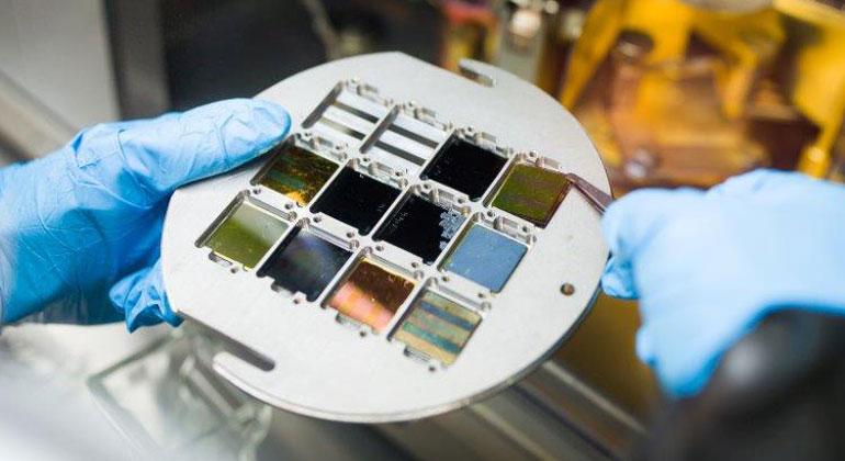 HZB | Perowskit-basierte Tandem-Solarzellen erreichen nun Wirkungsgrade über 25%.