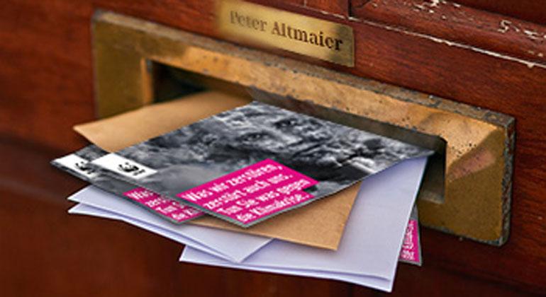 PeopleImages WWF | 10.000 Postkarten für den Klimaschutz hat Peter Altmaier in den vergangenen Wochen bekommen.