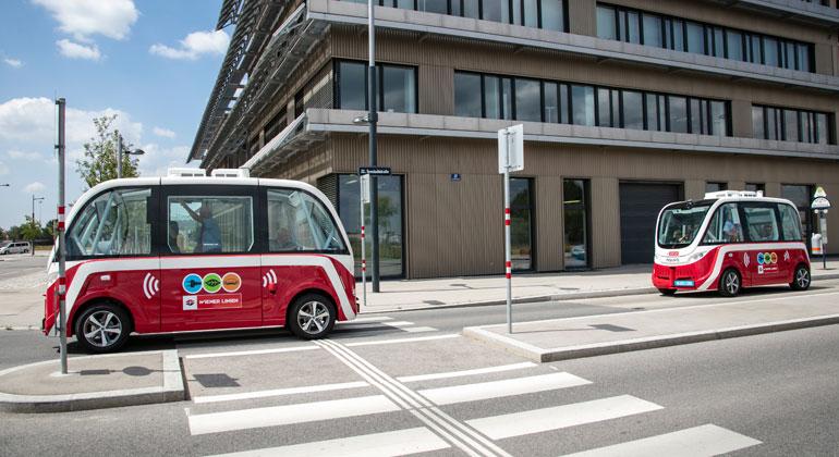 Wiener Linien/Manfred Helmer | Erfolgreiche erste Probefahrt mit autonomen E-Bussen in Aspern