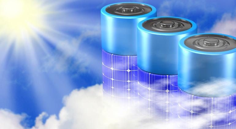 Fotolia.com | markusdehlzeit | Solarstromspeicher entlasten und stabilisieren in Verbindung mit einer Photovoltaikanlage das Stromnetz vor Ort, weil sie Erzeugungs- und Verbrauchsspitzen abfedern.