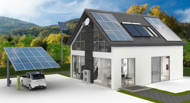 Fotolia.com   arsdigital   Solaranlage: Mit und ohne Batteriespeicher – so lohnt die Investition