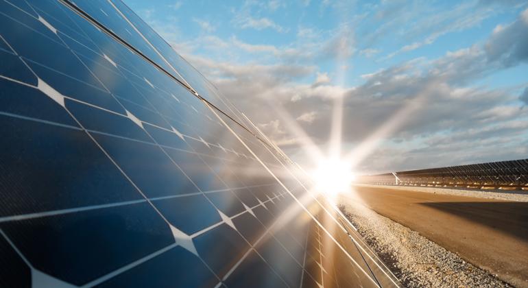 Depositphotos | Petkov | Solarbranche fordert Beseitigung des Solardeckels und dringende Nachbesserungen im weiteren Gesetzgebungsverfahren.