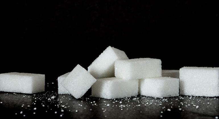 """Klöckners Reduktionsstrategie: """"Bitte bitte"""" weniger Zucker"""