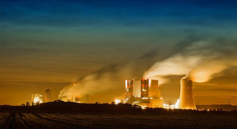 pixabay.com | Benita5 | Das Kohlekraftwerk in Grevenbroich - RWE | Die Kohlekraftwerke des Energiekonzerns RWE sind von den Abschaltplänen der Kohlekommission besonders betroffen.