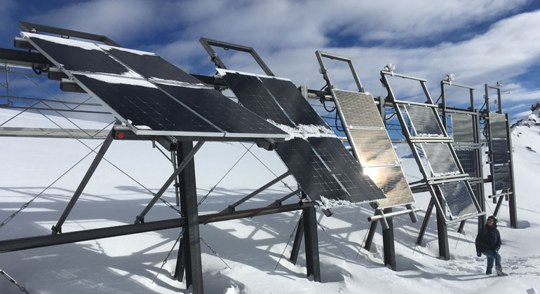 Annelen Kahl, SLF | Photovolatic trial system at Totalp above Davos.