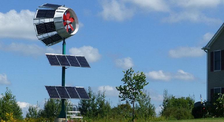 skywolfwindturbines.com | Die SkyWolf-Turbine ist als erste Windturbine mit PV-Solarmantel weltweit patentiert.