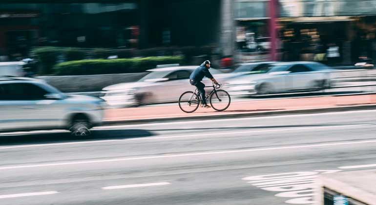 pixabay.com   Pexels   Zur Erreichung des durch das Pariser Klimaabkommen vorgegebenen CO2-Einsparungsziels könne der Radverkehr mehr beitragen, als jede andere diskutierte Einzelmaßnahme, betont der ADFC.