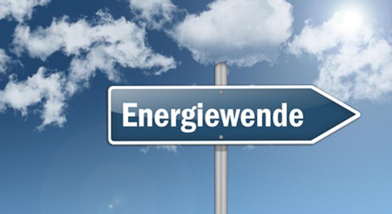 Fotolia.com | BenChams | 78 Prozent der Bundesbürger befürchten, dass im weiteren Verlauf der Energiewende mögliche Steigerungen der Energiekosten vielen Haushalten Schwierigkeiten bereiten könnten. Nur 19 Prozent glauben, die Haushalte könnten höhere Energiepreise ohne weiteres verkraften.