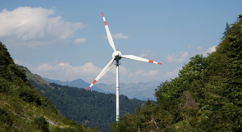 Depositphotos | depally | Die Windkraftnutzung in Wäldern ist keine neue Erfindung. Seit Jahrzehnten stehen auch in Österreich Windräder in Wäldern und es gibt damit sehr positive Erfahrungen.