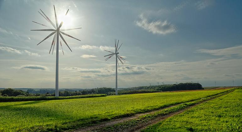 photocase.de | schachspieler | Der Ausbau der erneuerbaren Energien trägt zum Landschaftswandel bei.