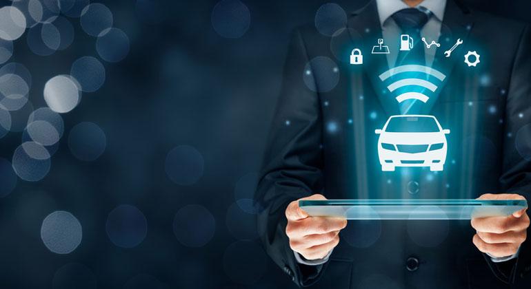 Fotolia.com | JakubJirsak | Laut den Autorinnen und Autoren führt die Einführung der Automatisierung im Straßenverkehr zu steigenden Fahrleistungen auf der Straße, die jedoch durch die hohen Effizienzpotenziale überkompensiert werden.
