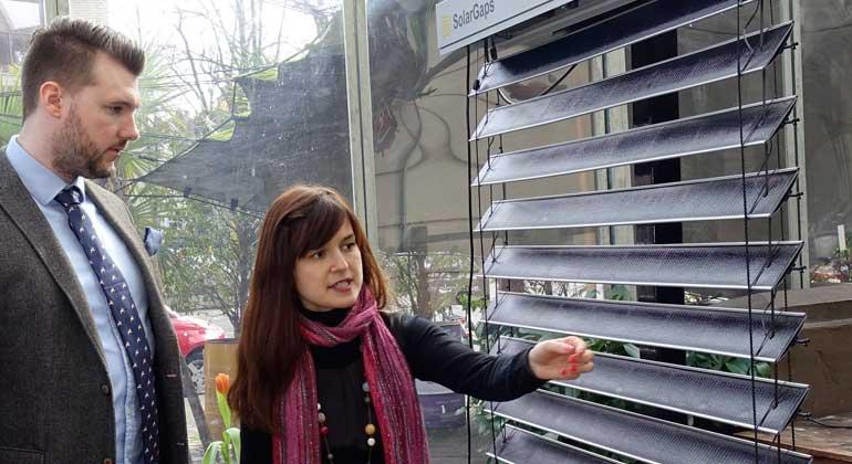 de.solargaps.com | Iryna Savytska (SolarGaps) erklärt die Technik.