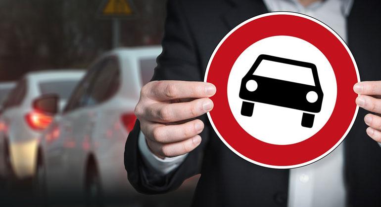 pixabay.com | geralt | Die Wissenschaftler*Innen weisen in dem Papier darauf hin, dass beim Verkehr vor allem der Ausstoß von Treibhausgasen problematisch ist. Sie rufen deshalb zu einer nachhaltigen Verkehrswende auf.