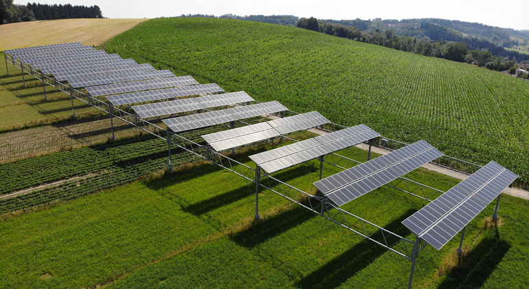 BayWa r.e. | The agrophotovoltaic system in Heggelbach near Lake Constance in Germany.