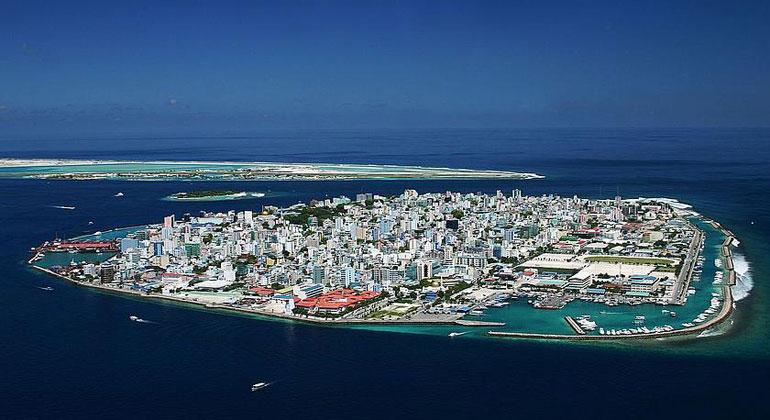 Shahee Ilyas / commons.wikimedia.org, CC BY-SA 3.0 | Die Hauptstadt der Malediven Malé liegt nur einen Meter über dem aktuellen Meeresspiegel. Zukünftig könnte das Zuhause der über 150.000 Einwohner vom Klimawandel stark bedroht sein.