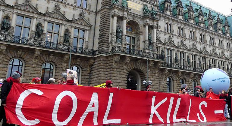 tschuess-kohle.de | In Hamburg treibt vor allem die Zivilgesellschaft die Energiewende voran – jetzt auch bei der Fernwärme.