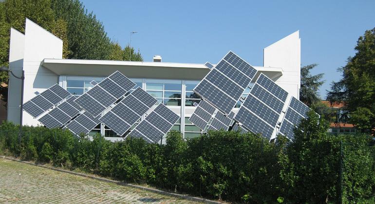 pixabay.com   Triangular   66% der PV-Betreiber erzeugen aktuell bereits mehr Strom, als sie im gesamten Jahr benötigen.