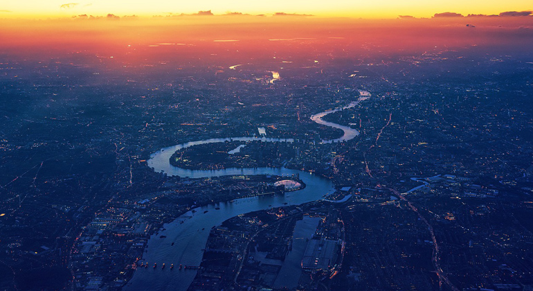 pixabay.com | jplenio | Fünf Antibiotika fanden die Tester in der Themse, die als einer der saubersten Flüsse Europas gilt.