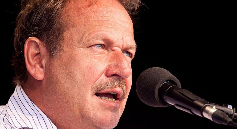 """Tobias Eckrich/Wikimedia Commons   Will """"Flagge zeigen"""", aber nicht streiken: Verdi-Chef Frank Bsirske."""