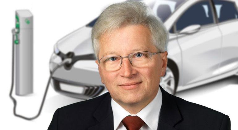 Portrait M. Schrödl: Foto Wilke. Auto: Pixabay | Prof. Manfred Schrödl findet Elektroautos sinnvoller als Wasserstoffautos